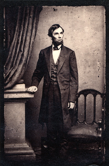 abraham_lincoln_standing_portrait_18631