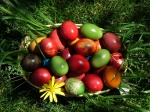easter-eggs-in-a-basket-wallpapers_17861_1024x768